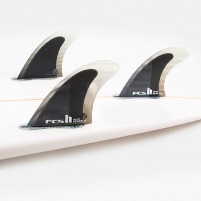 derives surf FCS II Reactor PC Medium Charcoal/Black Tri Retail Fins