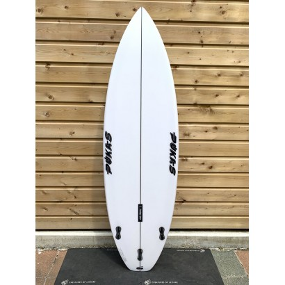 surf pukas 6'2 tasty treat squash tail axel lorentz fcsll